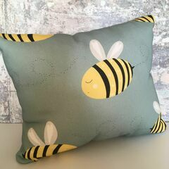 Molly & Lola Bee Mini Cushion (25cm)