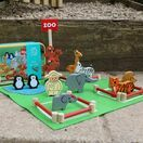 Apples to Pears Zoo in a Tin Play Set additional 1